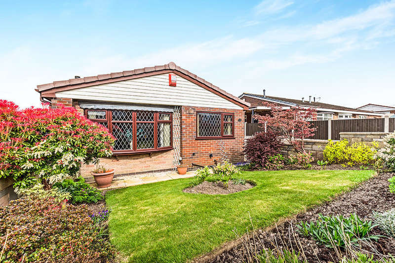 3 Bedrooms Detached Bungalow for sale in Carroll Drive, Meir Hay, Stoke-On-Trent, ST3