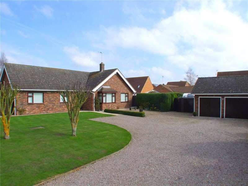 3 Bedrooms Detached Bungalow for sale in Woodbank, Deeping St. Nicholas, Spalding, Lincolnshire, PE11