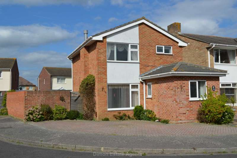 3 Bedrooms Detached House for sale in Admirals Walk, Alverstoke
