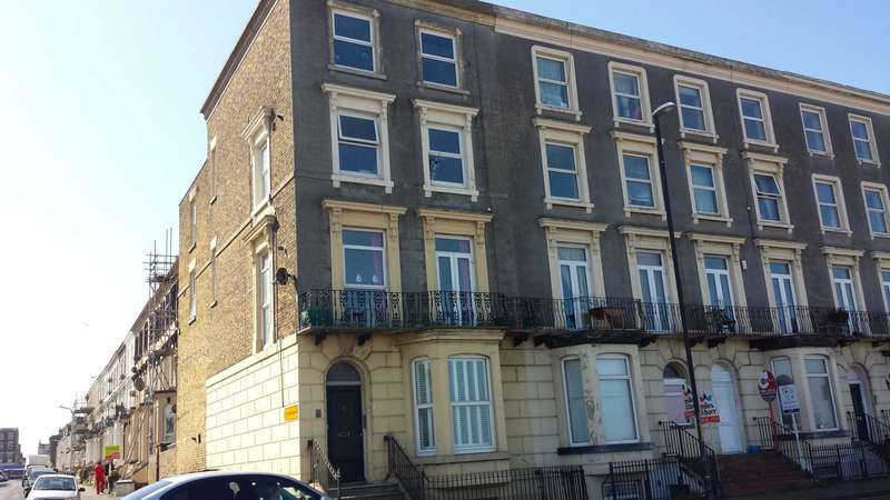 2 Bedrooms Apartment Flat for sale in Ethelbert Terrace, Margate