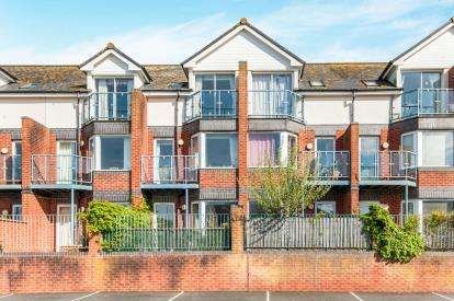 3 Bedrooms Terraced House for sale in Camperdown Terrace, Exmouth, Devon