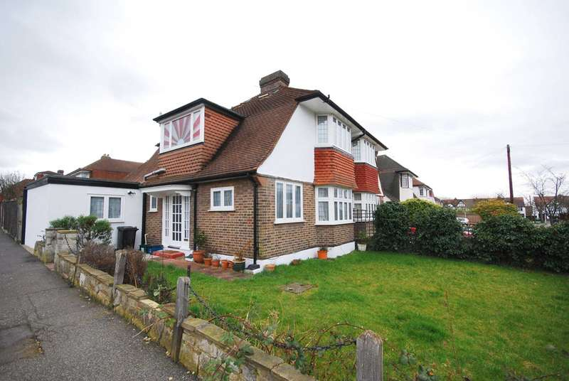3 Bedrooms Semi Detached House for sale in Gibsons Hill, Streatham, SW16