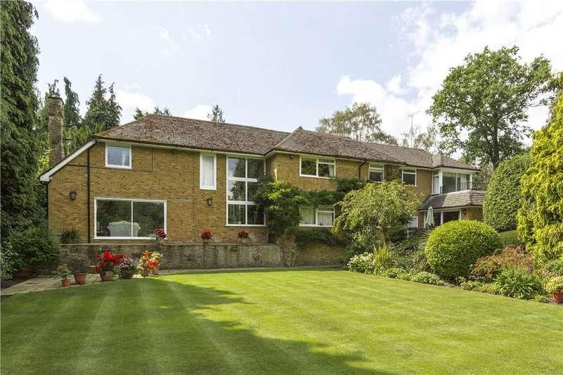 6 Bedrooms Detached House for sale in Sandy Way, Cobham, Surrey, KT11