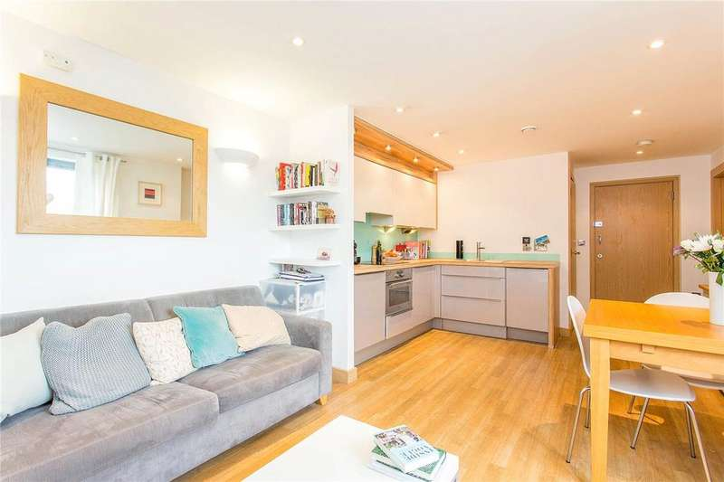 1 Bedroom Flat for sale in Terrace Apartments, 40 Drayton Park, London, N5