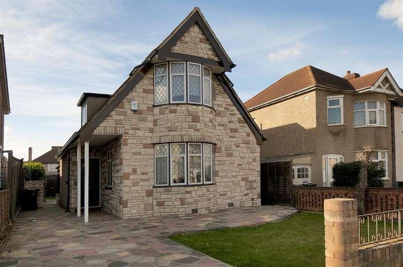 3 Bedrooms Detached House for sale in King Edward Avenue, Dartford, DA1 2HZ