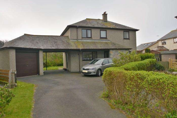 3 Bedrooms Town House for sale in 7 MITCHELL CLOSE, THE LIZARD, TR12