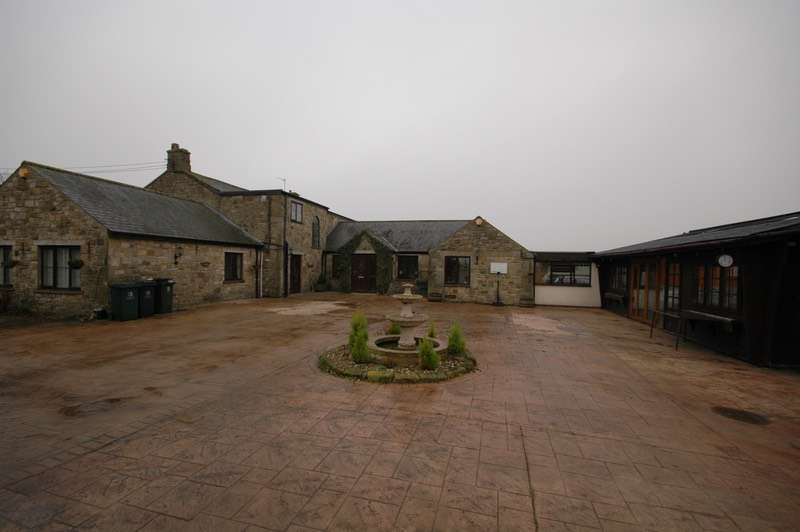 5 Bedrooms Detached House for sale in Lowgate, Hexham, Northumberland, NE46