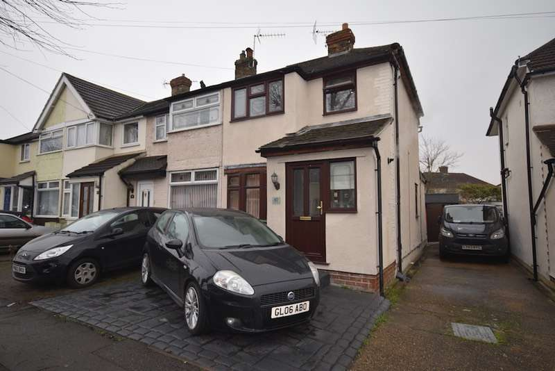 3 Bedrooms Semi Detached House for sale in Elm Park Avenue, Hornchurch, Essex, RM12