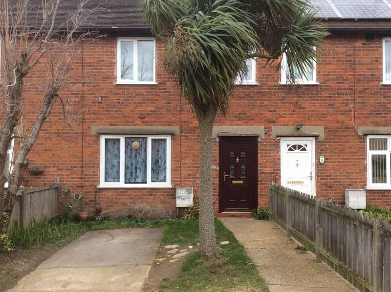 3 Bedrooms Terraced House for sale in Collingwood Road, Colchester, Essex, CO3