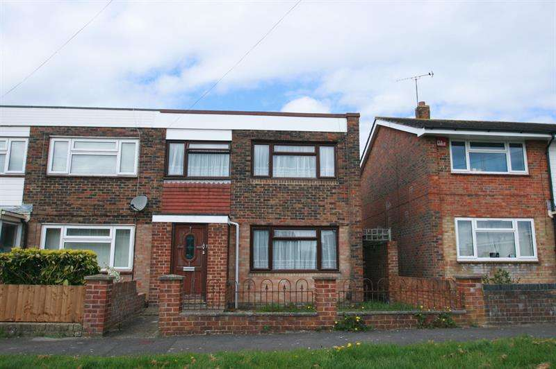 2 Bedrooms Semi Detached House for sale in Wildmoor Walk, Havant