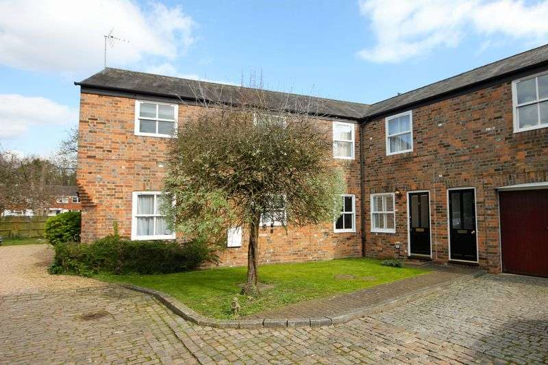1 Bedroom Flat for sale in Christina Court, Markyate