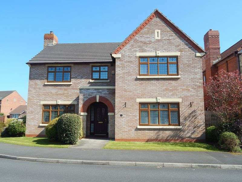4 Bedrooms Detached House for sale in Pendlebury Close, Longton, Preston