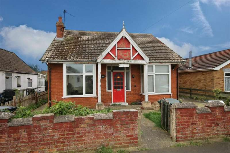4 Bedrooms Detached House for sale in 50 St. Andrews Road, Mablethorpe