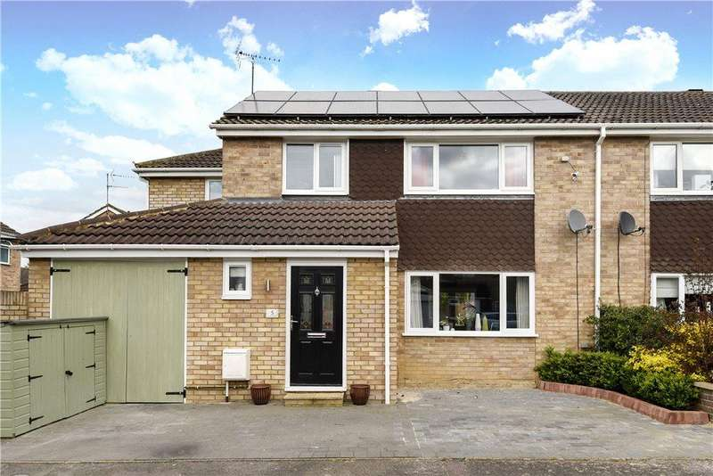 4 Bedrooms Semi Detached House for sale in Thurne Close, Newport Pagnell