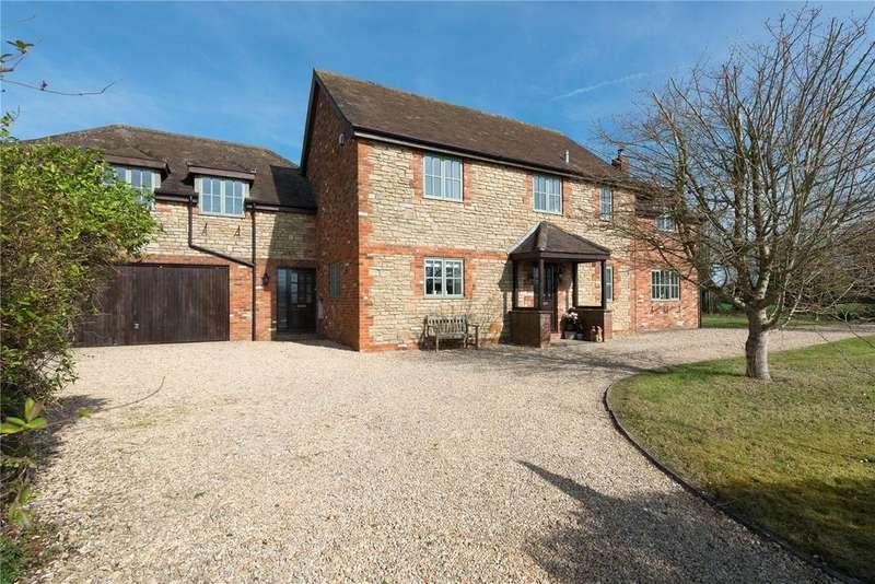 5 Bedrooms Detached House for sale in Main Street, Keevil, Trowbridge, Wiltshire, BA14