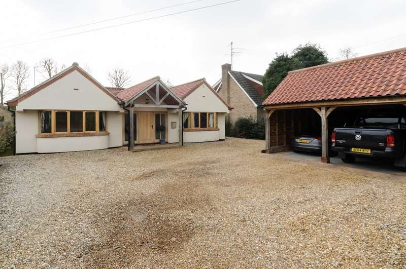 4 Bedrooms Bungalow for sale in Chapel Road, Dersingham, Norfolk, PE31