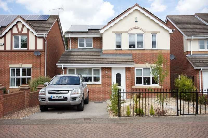 3 Bedrooms Detached House for sale in Leyfield Place, Barnsley, South Yorkshire, S73