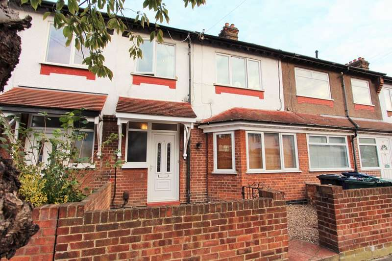3 Bedrooms Terraced House for sale in Eastbourne Avenue, London, London, W3