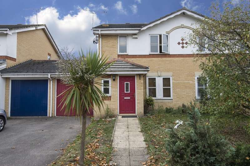 4 Bedrooms Semi Detached House for sale in Warepoint drive, London, London, SE28