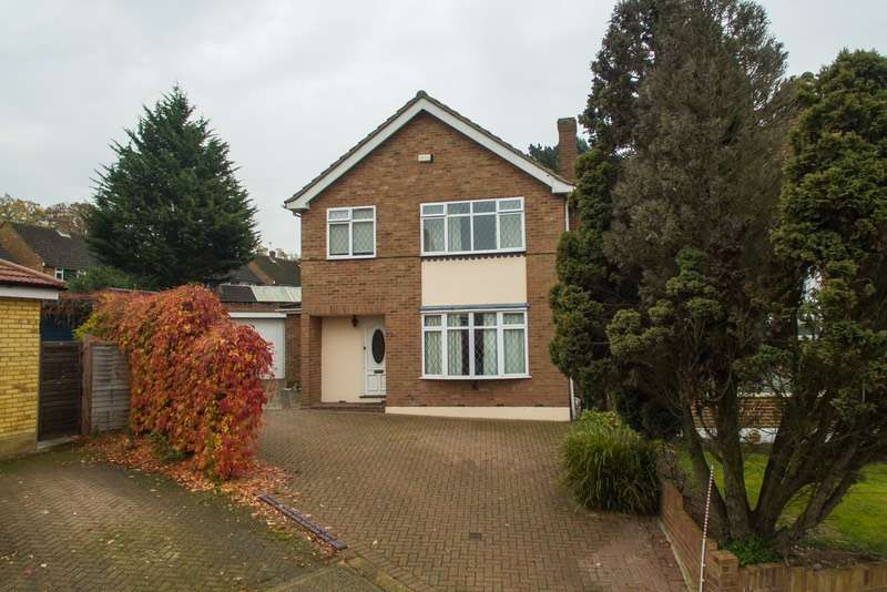 3 Bedrooms Detached House for sale in maylands drive, uxbridge, Middlesex, UB8