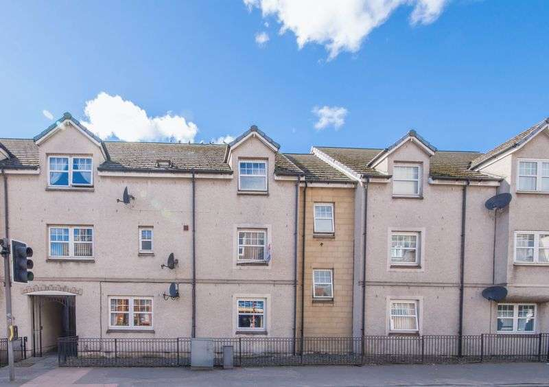 3 Bedrooms Flat for sale in High Street, Cowdenbeath