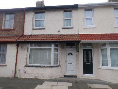 2 Bedrooms Terraced House for sale in Alexandra Road, Llandudno, Conwy, North Wales, LL30