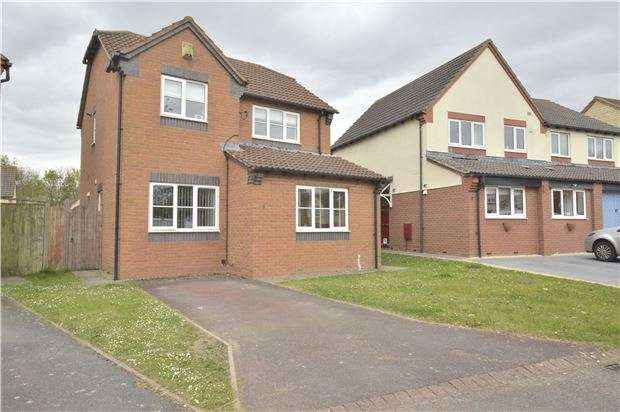 3 Bedrooms Detached House for sale in Cornfield Drive, Bishops Cleeve, CHELTENHAM, Gloucestershire, GL52 7YR