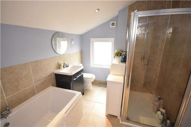 2 Bedrooms Terraced House for rent in Chessel Street, BRISTOL, BS3