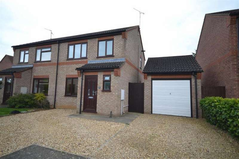 3 Bedrooms Semi Detached House for sale in Campion Grove, Stamford