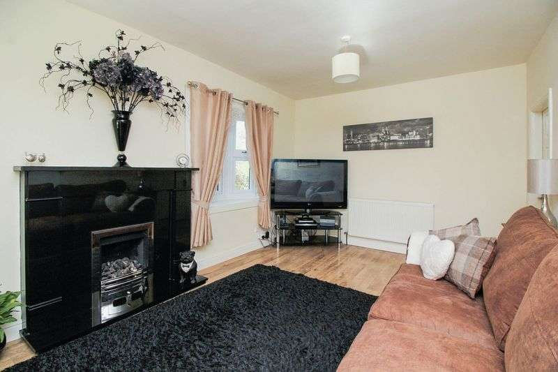 3 Bedrooms Detached Bungalow for sale in Meols Parade, Wirral, Merseyside, CH47