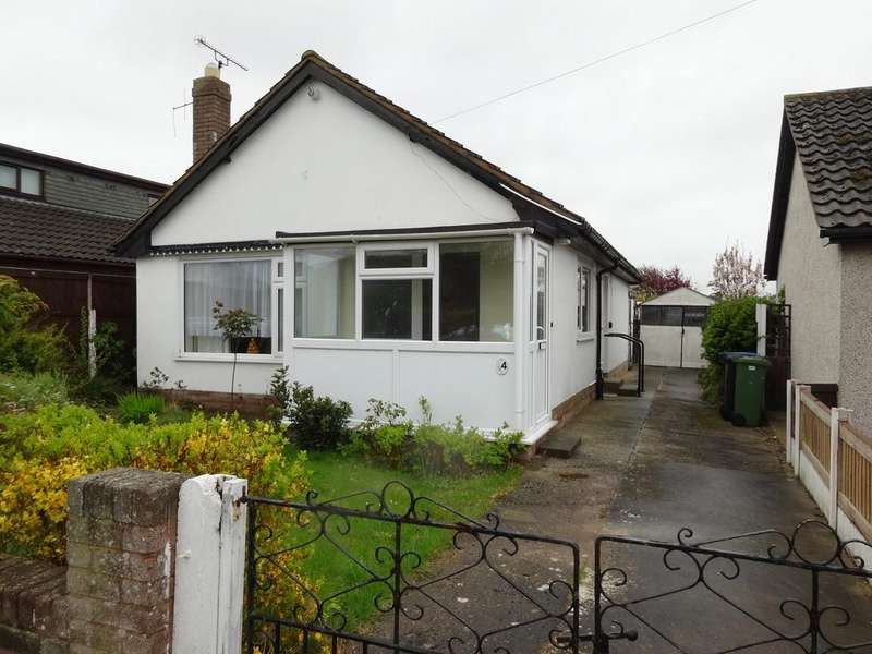 2 Bedrooms Detached Bungalow for sale in Groome Avenue, Rhyl