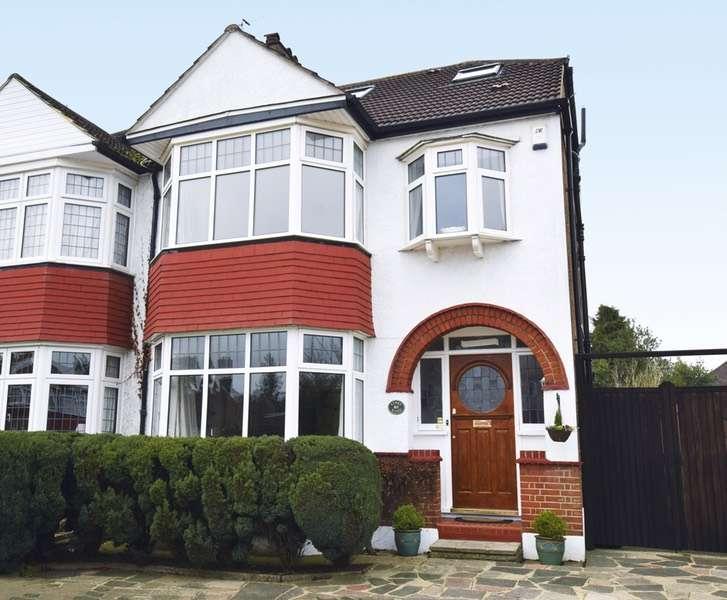 4 Bedrooms Semi Detached House for sale in Links Road, West Wickham, Kent, BR4
