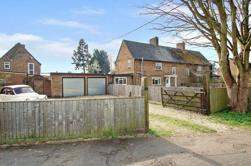 2 Bedrooms Semi Detached House for sale in WOODSTOCK