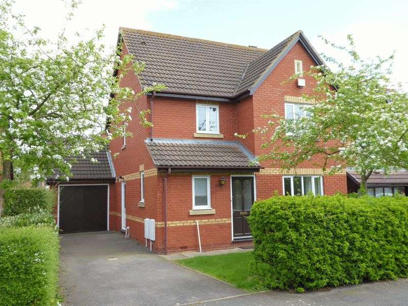Property for sale in Coopers Green, Bicester