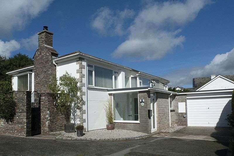 3 Bedrooms Detached House for sale in St Mawes.