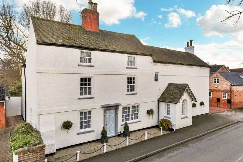 5 Bedrooms Detached House for sale in Main Street, Costock