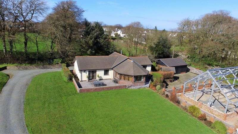 3 Bedrooms Detached House for sale in Bradworthy, Holsworthy