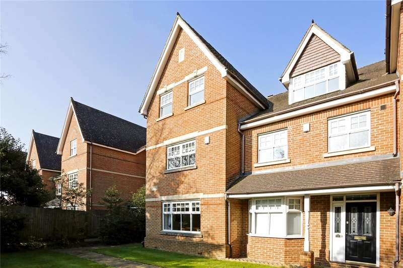 4 Bedrooms Terraced House for sale in Highlands, Farnham Common, Buckinghamshire, SL2