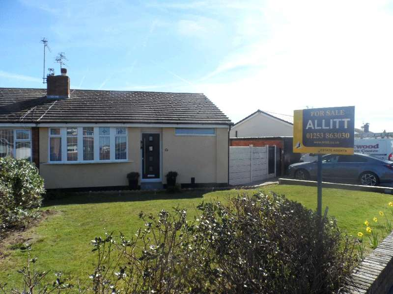 2 Bedrooms Property for sale in 26, Fleetwood, FY7 8JB