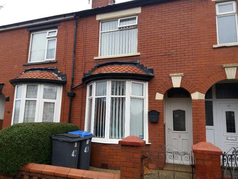 2 Bedrooms Property for sale in 43, Blackpool, FY3 7BS