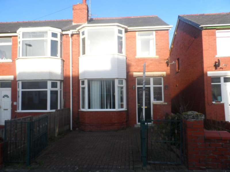 4 Bedrooms Property for sale in 25, Blackpool, FY3 9RX