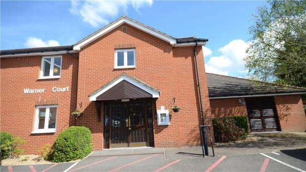 1 Bedroom Retirement Property for sale in Warner Court, Yorktown Road, Sandhurst