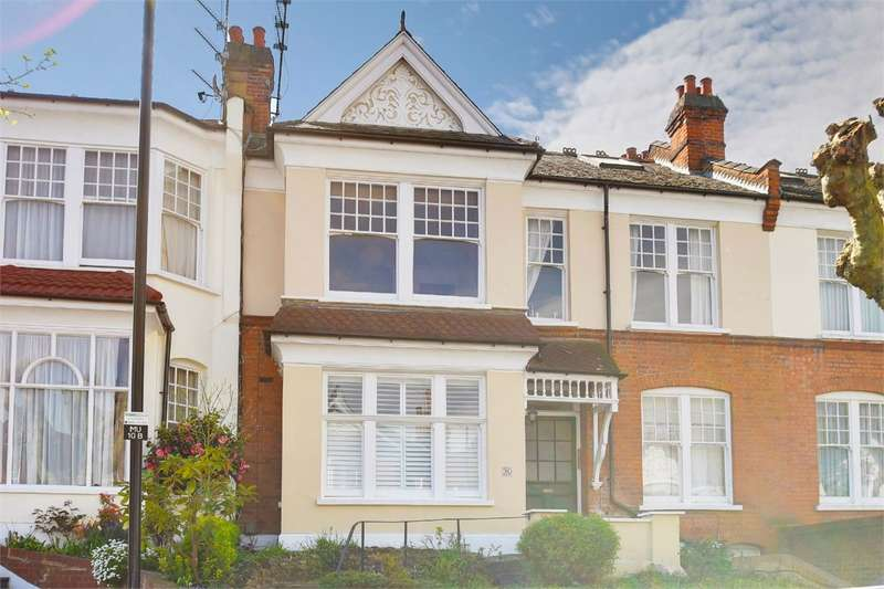 3 Bedrooms Flat for sale in Methuen Park, Muswell Hill, London
