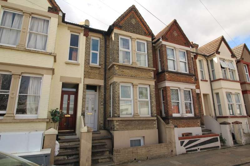 3 Bedrooms Property for sale in Ferndale Road, Gillingham, ME7