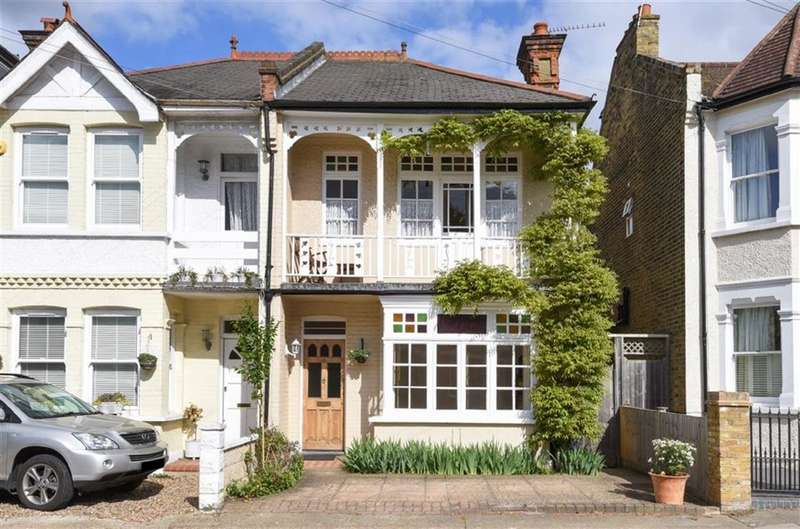3 Bedrooms Property for sale in Woodside Road, Kingston Upon Thames