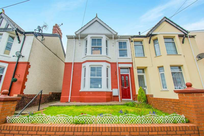 2 Bedrooms Semi Detached House for sale in Lilian Road, Blackwood