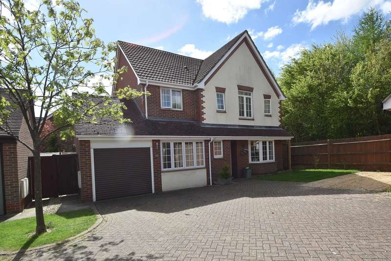 4 Bedrooms Detached House for sale in Blacksmith Close, Bishop's Stortford