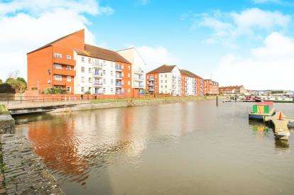 2 Bedrooms Flat for sale in Waverley Wharf, Bridgwater, Somerset