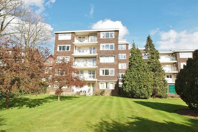 3 Bedrooms Flat for sale in Andrew Court, 68 Wickham Road, Beckenham