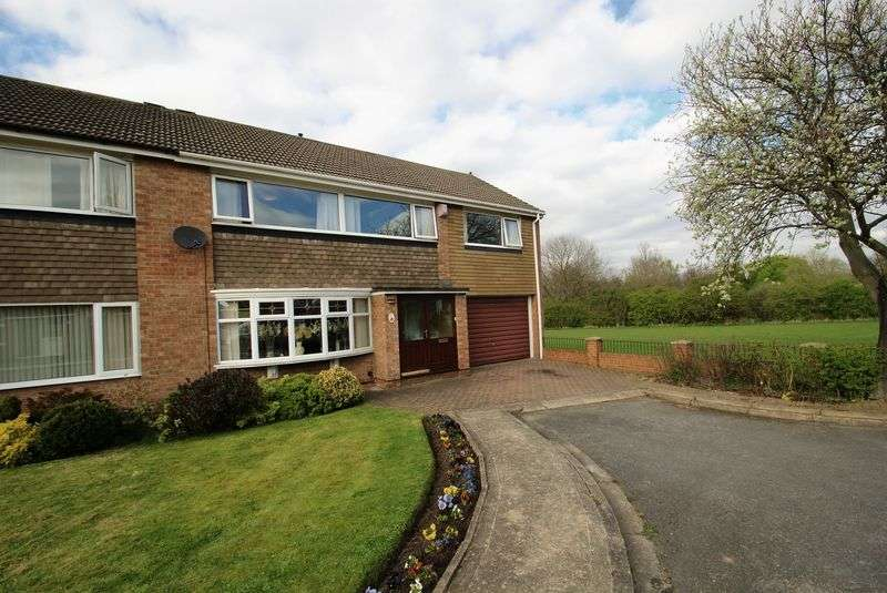 5 Bedrooms Semi Detached House for sale in Cranswick Drive, Middlesbrough